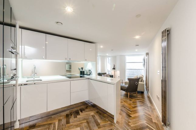 Thumbnail Flat for sale in City Road, Old Street