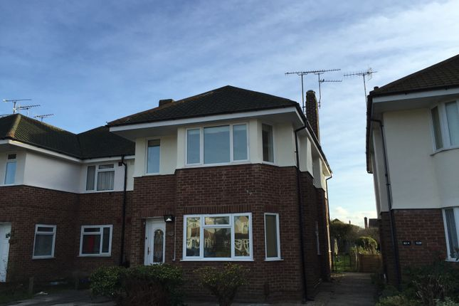 Thumbnail Flat to rent in Ardingly Drive, Goring-By-Sea, Worthing