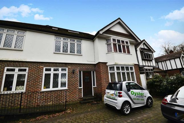 Thumbnail Flat to rent in Chase Side, Southgate