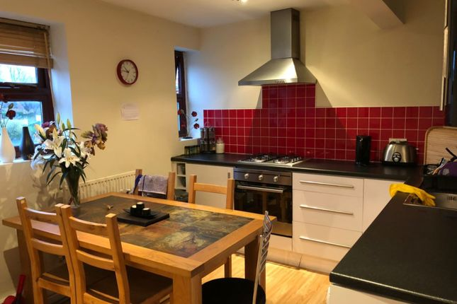 Thumbnail Flat to rent in Kelso Heights Belle Vue Road, Leeds