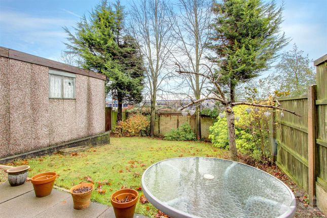 Garden of Loxley Drive, Mansfield NG18