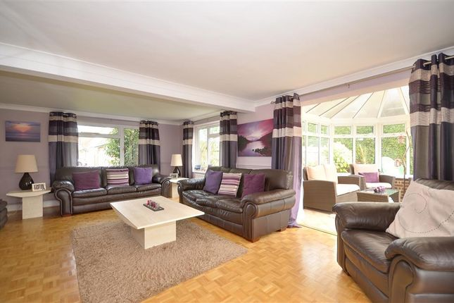 4 bed detached house for sale in Netherton Close, Southwater, Horsham, West Sussex