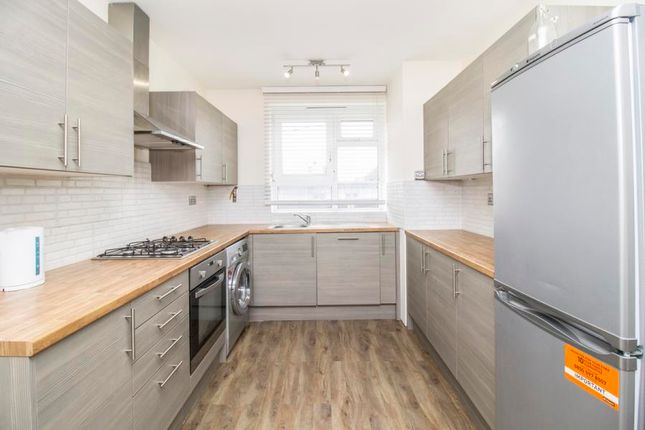 Thumbnail Flat to rent in Fellows Court, Shoreditch