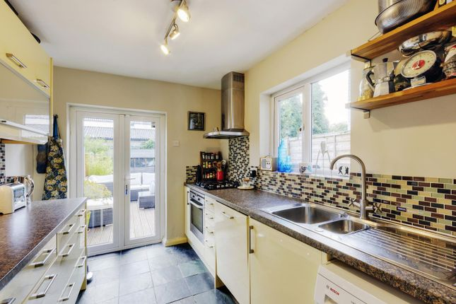 Property Prices Queens Road Chelmsford