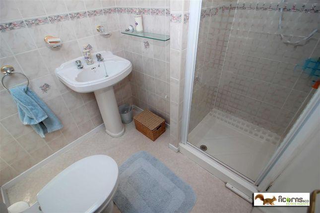 Family Shower Room