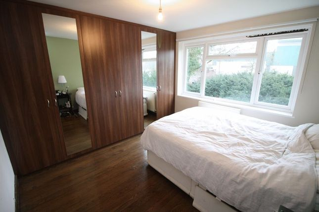 Thumbnail Maisonette to rent in Holywell Hill, St.Albans