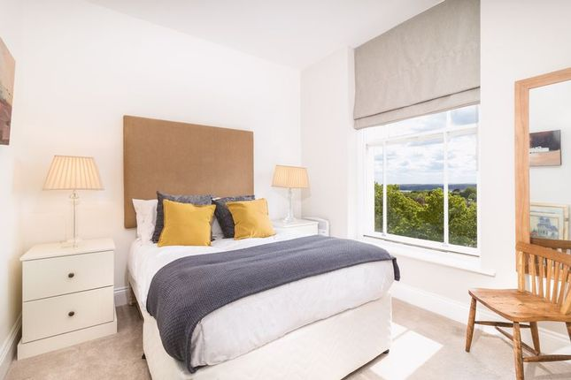 Bedroom Two of The Ropewalk, Nottingham NG1