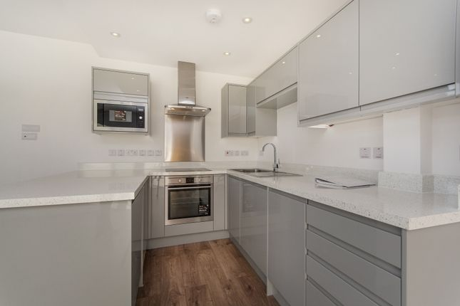 Thumbnail Flat to rent in Bartlett Street, Wandle Apartments, London