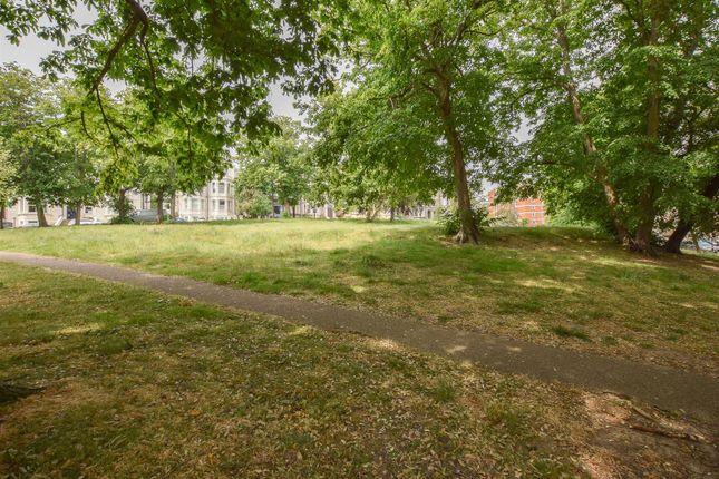 Cornwallis Gardens