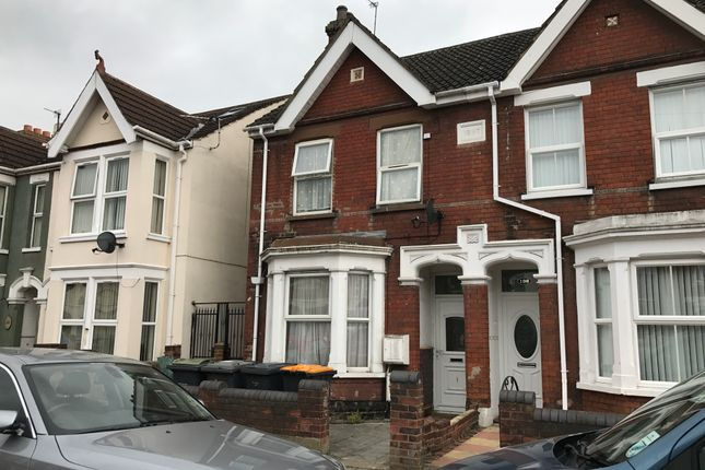 Thumbnail Flat for sale in Hurst Grove, Bedford