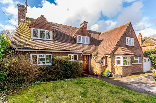 4 bed detached house for sale in Holmer Green Road, High Wycombe