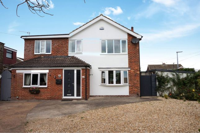 Thumbnail Detached house for sale in Grainsby Avenue, Cleethorpes
