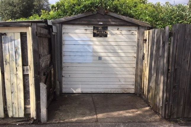 Parking/garage to rent in Stadium Road, Southend-On-Sea