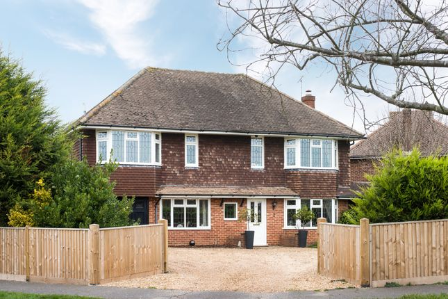 Thumbnail Detached house for sale in Campbell Crescent, East Grinstead
