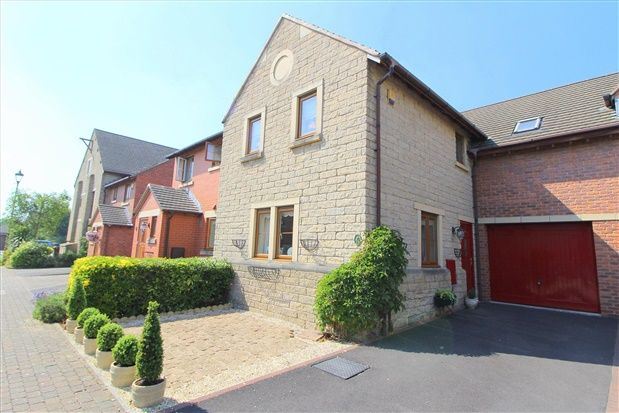 Thumbnail Property for sale in Guinea Hall Close, Southport