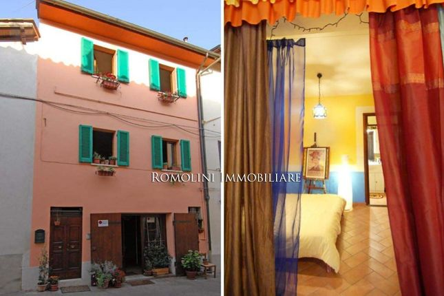 3 bed town house for sale in Sansepolcro, Tuscany, Italy