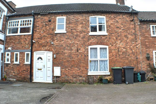 Thumbnail End terrace house to rent in Cross Keys Yard, Sleaford