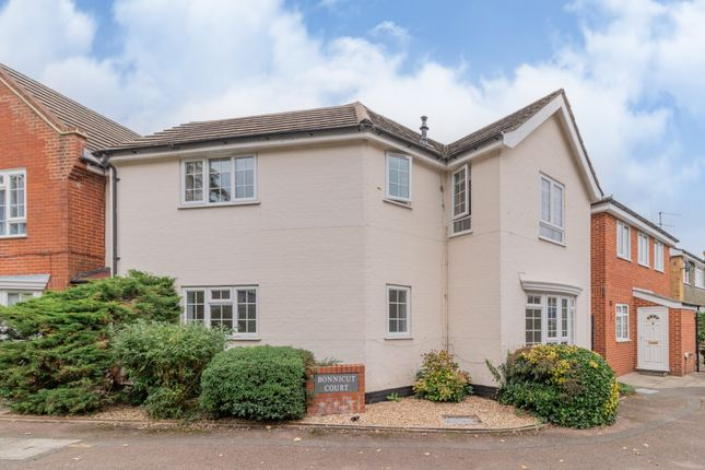 1 bed flat for sale in High Street, Sunningdale, Ascot SL5