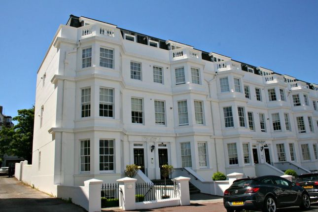2 bed flat to rent in Grand Mansions, Silverdale Road, Eastbourne