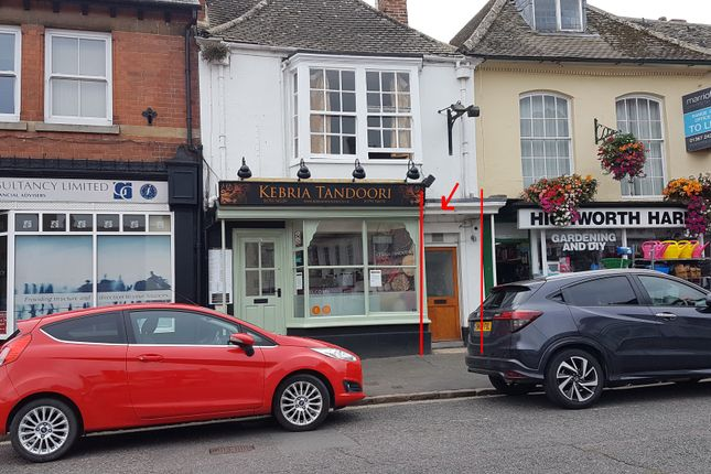 Thumbnail Pub/bar for sale in 10 High Street, Swindon