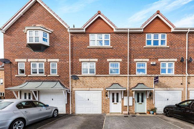 3 bed property for sale in Cavalier Court, Balby, Doncaster