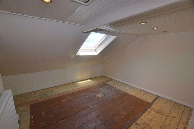 Attic Room of Low Street, Swinefleet, Goole DN14