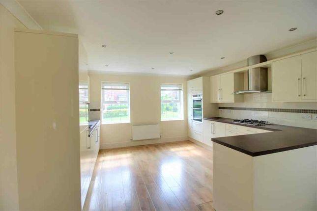 Thumbnail 5 bed detached house for sale in Kensington Place, Bessacarr, Doncaster
