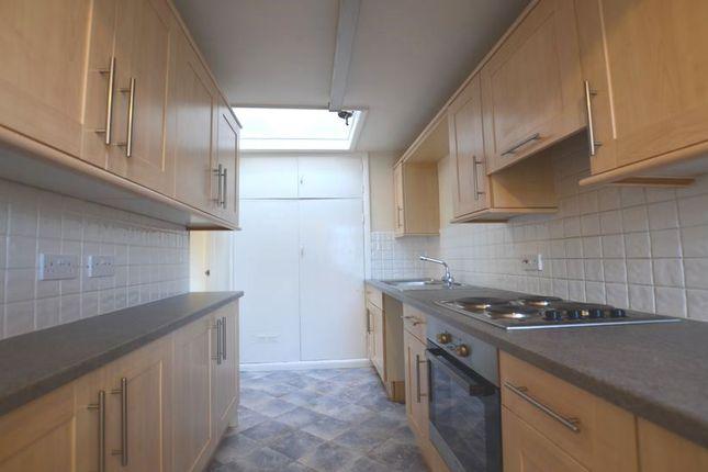 Thumbnail Flat to rent in Ash Bridge Caravan Park, Aldershot Road, Ash, Aldershot