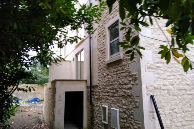 Thumbnail Shared accommodation to rent in York Mews, Bath