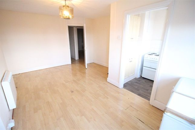 Thumbnail Flat to rent in Burnt Oak Broadway, Edgware, Middlesex
