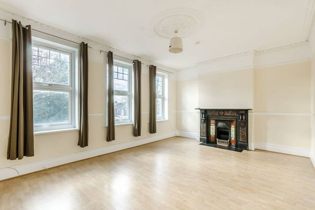 Thumbnail Flat to rent in Half Moon Lane, Herne Hill, London