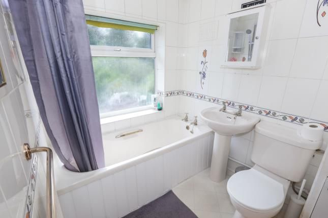 Bathroom of Fancourt Avenue, Penn, Wolverhampton, West Midlands WV4