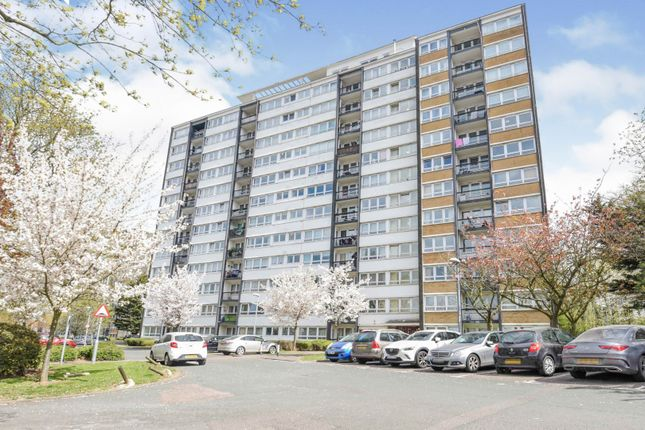 2 bed flat for sale in Slewins Close, Hornchurch RM11