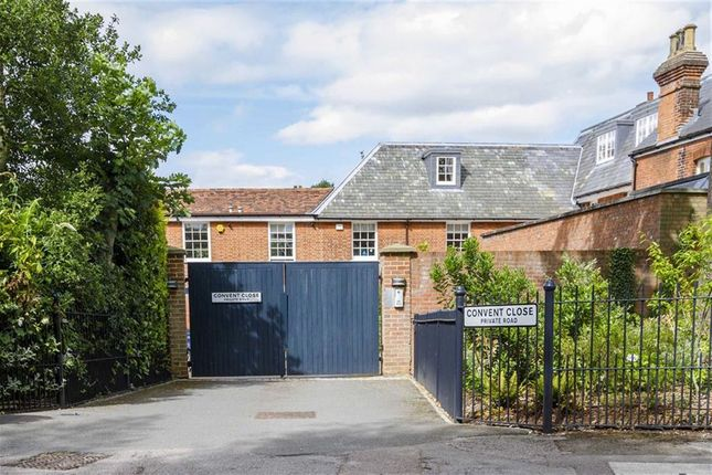 Thumbnail Detached house to rent in Convent Close, Hadley Green, Hertfordshire