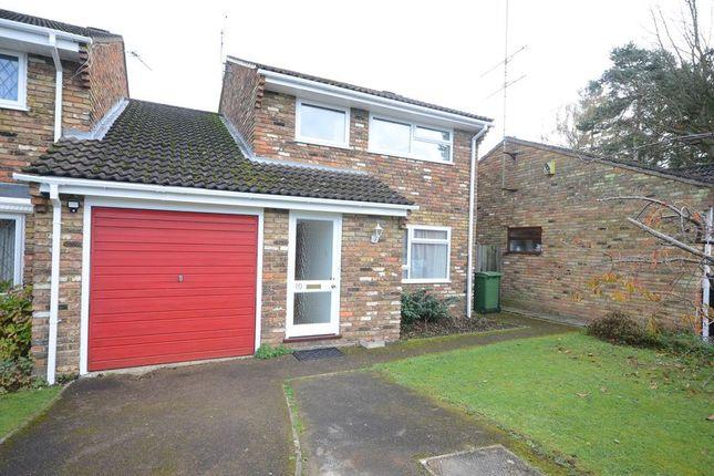 Thumbnail Link-detached house to rent in Hawthornes, Tilehurst, Reading