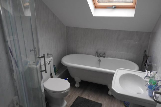 3 bed flat to rent in Mirador Crescent, Uplands, Swansea SA2