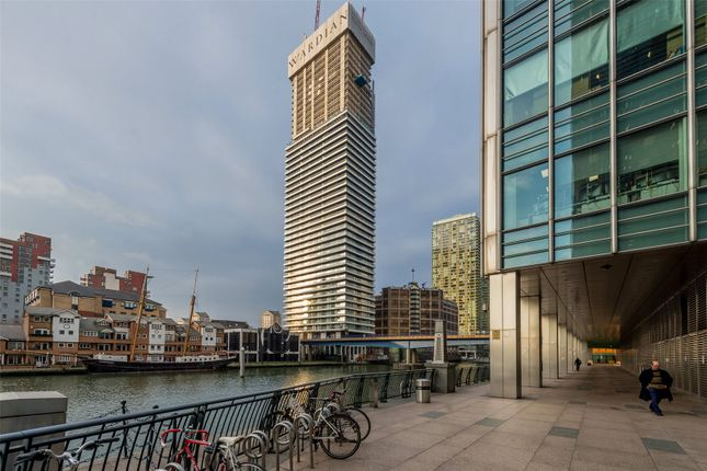 Picture No. 15 of The Wardian, East Tower, Canary Wharf E14
