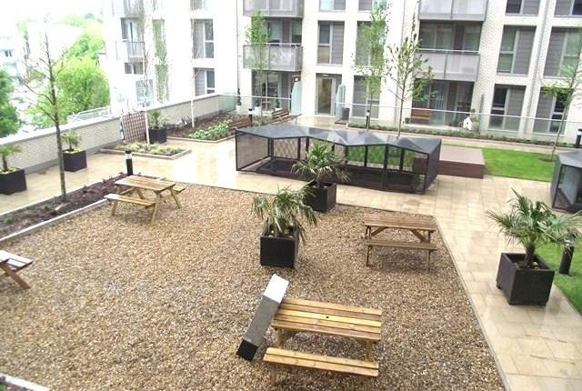 Thumbnail Flat to rent in Sienna Alto, 2 Cornmill Lane, Lewisham, London