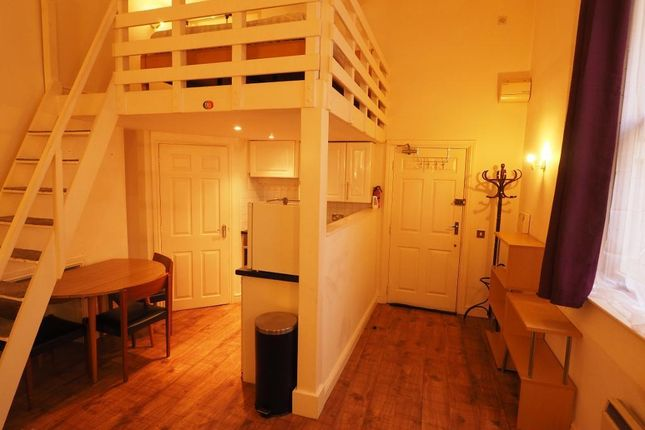 1 bed flat to rent in Cogan Chambers, Exchange Court, Hull HU1