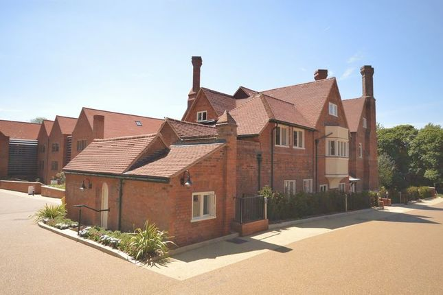 Thumbnail Flat for sale in Hale Road, Wendover, Aylesbury