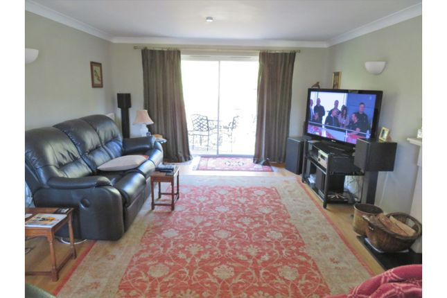 Lounge of Wellesley Green, Bruton BA10