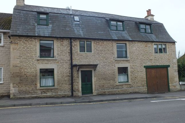Thumbnail Detached house to rent in Wood Lane, Chippenham