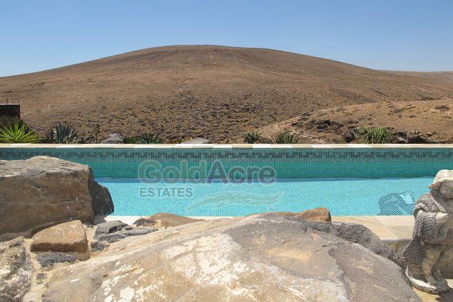 Thumbnail Villa for sale in La Caldereta, La Caldereta, Canary Islands, Spain