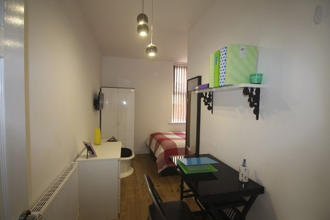 Thumbnail Property to rent in Cawdor Road, Fallowfield, Bills Included, Manchester