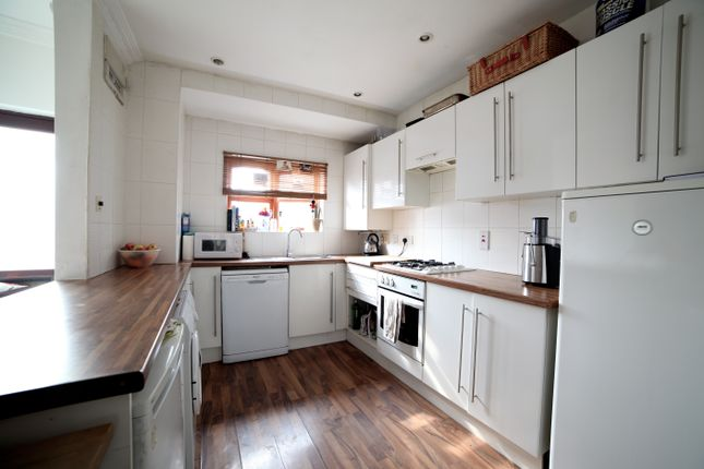 Thumbnail Semi-detached house to rent in Allen Road, Bow