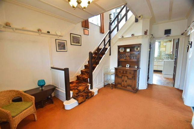 Entrance Hallway of Framingham Road, Sale M33