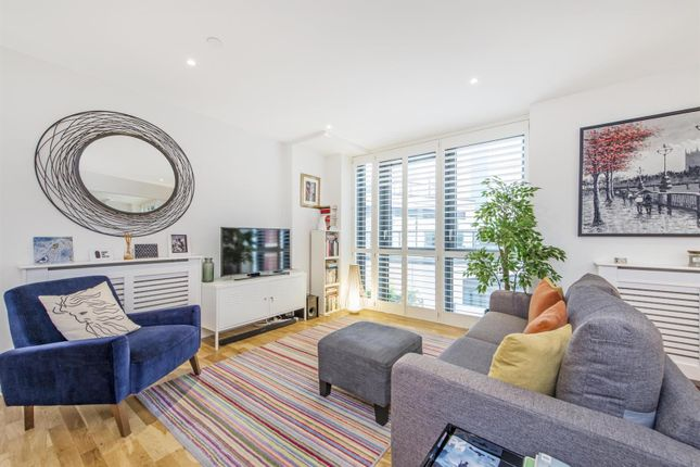 Thumbnail Flat to rent in Parliament House, 81 Black Prince Road, London