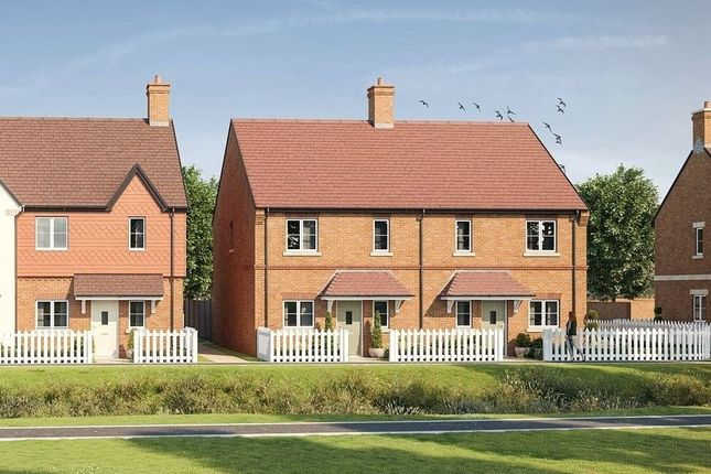 Thumbnail Terraced house for sale in Woodhurst Park, Warfield, Berkshire