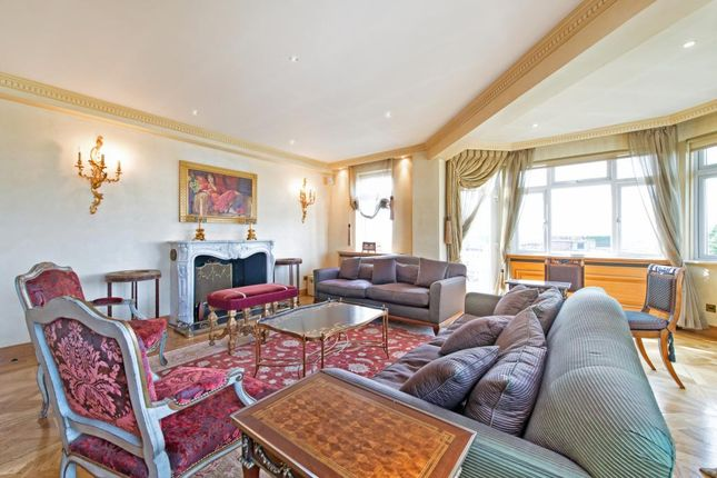 Thumbnail Flat to rent in Kingston House North, Princes Gate, Knightsbridge, London