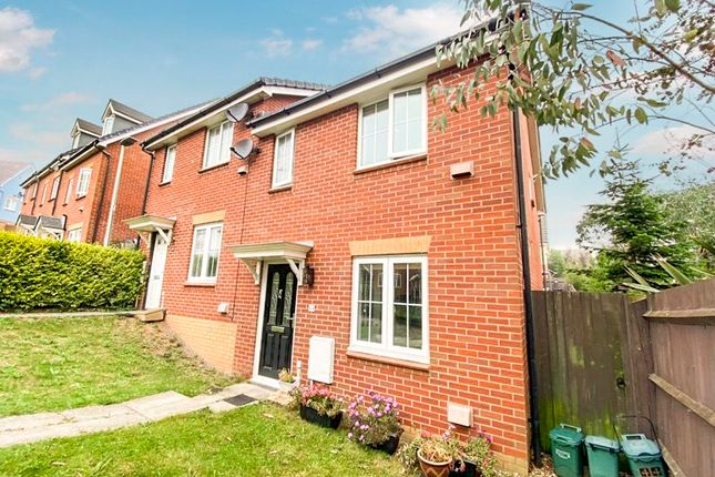 Thumbnail Terraced house for sale in Clos Yr Wylan, Barry